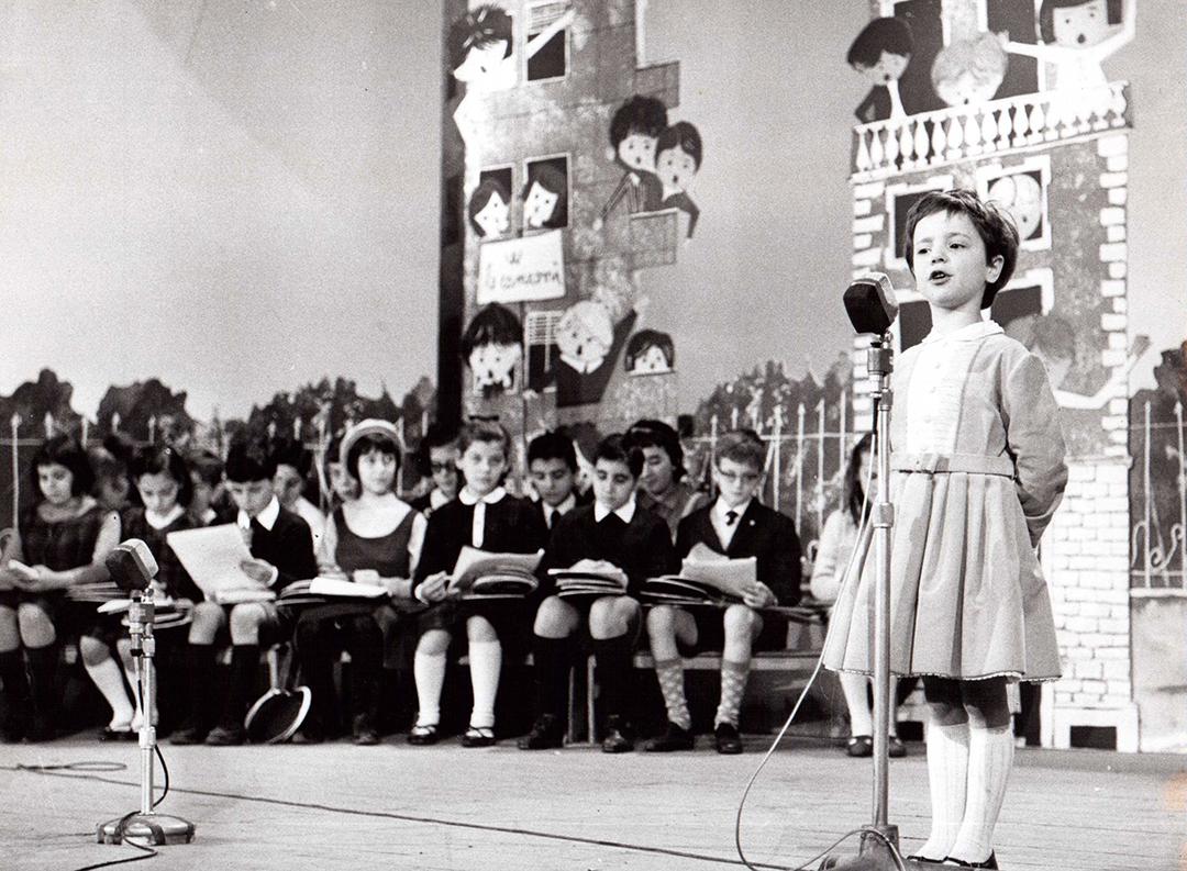 Viviana Stucchi interprete de Il pulcino ballerino alla 6° Edizione dello Zecchino d'Oro 1964